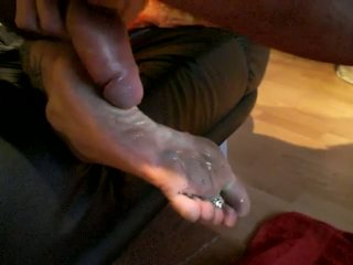 Feet hq mature porn Feet: 27,451