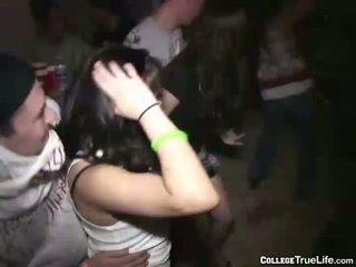 Slutty College Mädchen Party