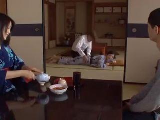 Sek japan ibu tiri Porno Klip Dan Video Untuk Gratis